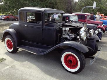 Pacific International Street Rod Association Back to Bradner Car Show